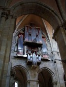 Vue du grand orgue Rieger du Dom de Bamberg. Crédit: //de.wikipedia.org/w/index.php?title=Datei:Bamberger_Dom_BW_3.JPG&filetimestamp=20080719124632