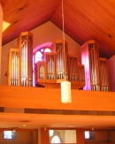 Orgue de la Manufacture Genève SA (1990), église catholique d'Interlaken. Cliché personnel (avril 2008)